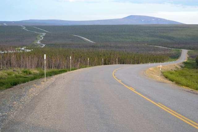 Dalton Highway and Alyeska Pipeline