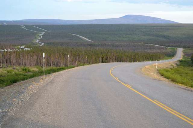 Dalton Highway and Alyeska Pipeline